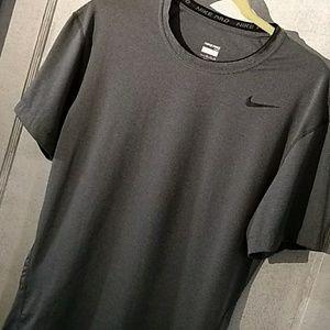 Nike Pro Tight Grey Short Sleeve Shirt Men…